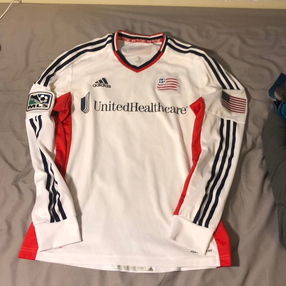 release date d3a50 38318 Authentic New England Revolution LongSleeve Jersey